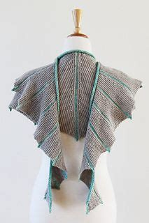 nymphalidea shawl deep fall 2013http www ravelry com 1000 images about knitting shawls and shawlettes on