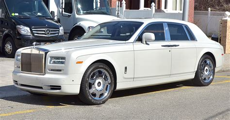 roll royce phantom white white rolls royce phantom ii limo rental service in nyc