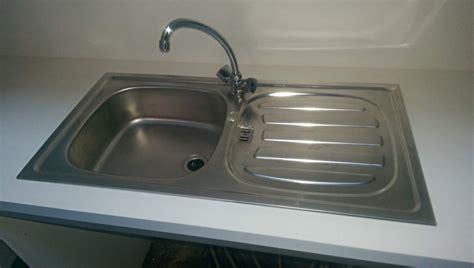 Waschbecken Abfluss Einbauen by Waschbecken Einbauen Einbauen With Waschbecken Einbauen