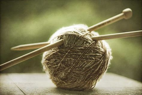 ball of yarn and knitting needles i love knitting