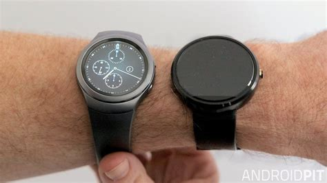 Samsung Gear S 2 Second moto 360 2015 vs samsung gear s2 simili fuori e