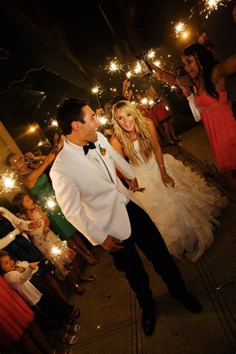 ViP Wedding Sparklers: Wedding Sparklers How to use and