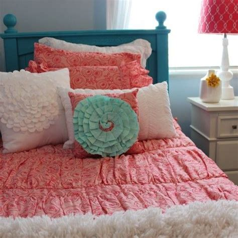 beds en bedding best 25 coral and turquoise bedding ideas on pinterest