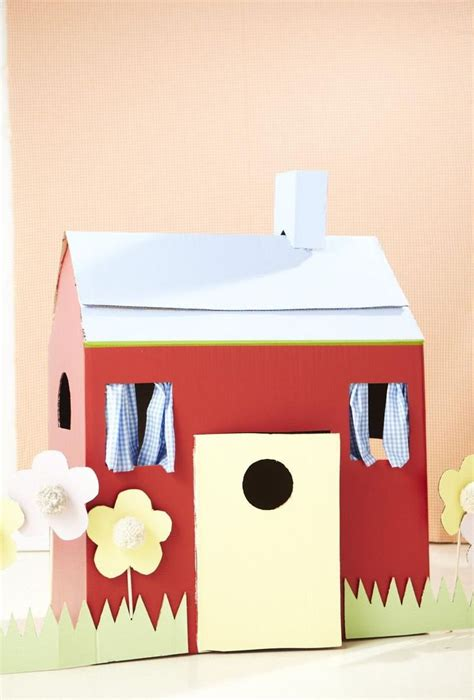 cardboard box house 25 best ideas about cardboard box houses on pinterest cardboard box fort cardboard