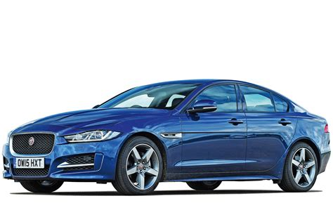 Jaguar 8 Speed Automatic by Jaguar Xe Saloon Se 2 0i 200ps 8 Speed Automatic 4dr