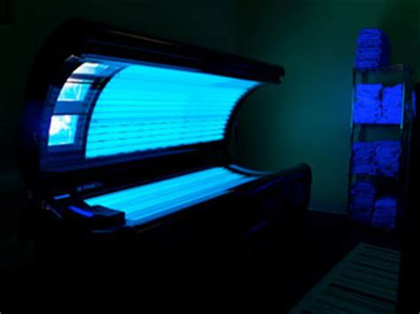 how do tanning beds work tanning tips facts face skin tanning sun indoor