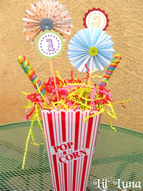 centerpiece themes carnival party ideas circus party ideas at birthday in a box