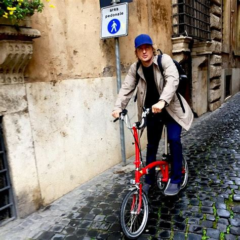 Owen Wilson Bikes To Clubs by Folding Bike Riders
