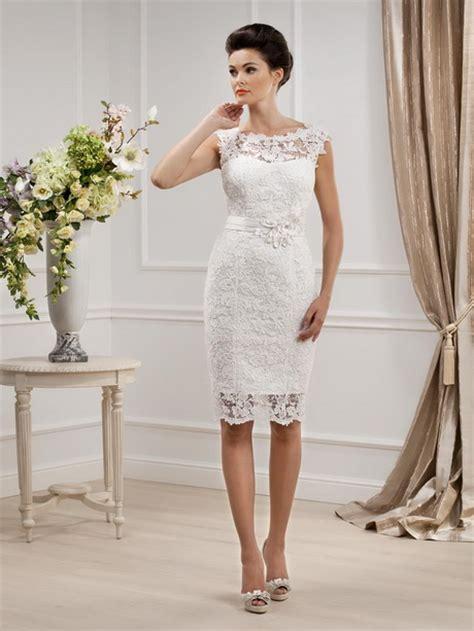 Hochzeitskleid Etuikleid by Brautkleid Etuikleid