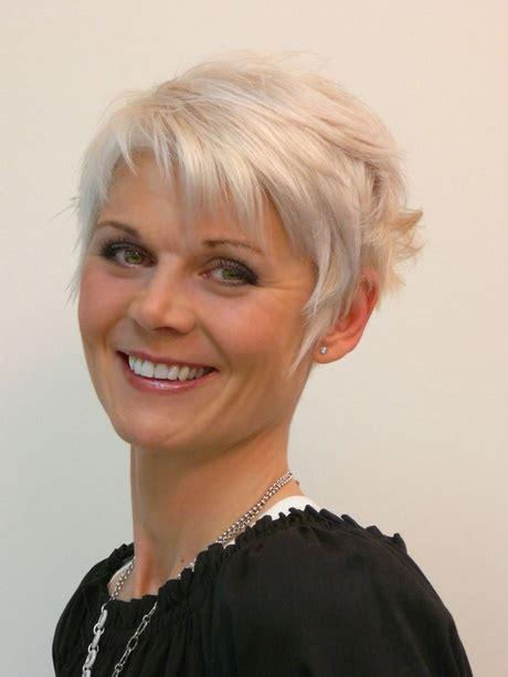 Frisyr Kvinna 2016 by Frisyrer Kort H 229 R Kvinnor