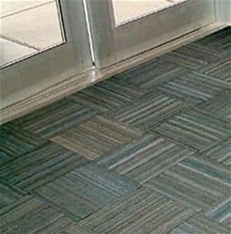 pavimenti in gomma per bambini pavimenti in gomma per bambini semplice e comfort in una