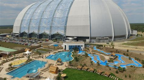 Pool Design App amazonia liegt jetzt mitten im tropical islands berlin