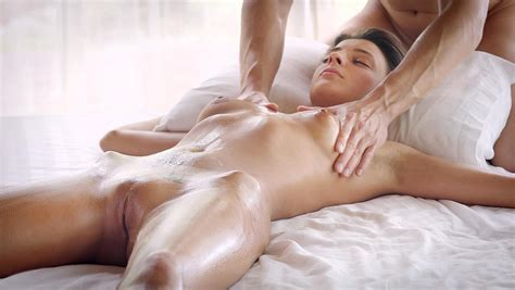 Stunning Hot Naked Girl Achieves Magnificent Orgasms During Her Erotic Massage Xxx Femefun