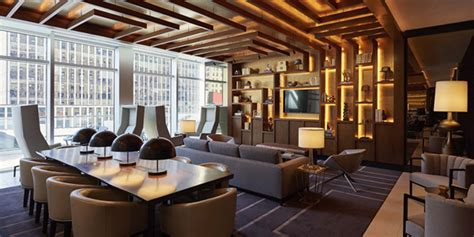 Ny Times Home Design by Jeffrey Beers Brings Fearlessly Chic Design To Renaissance