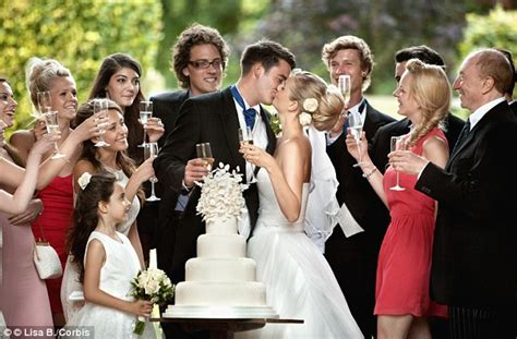 Wedding Budget For 70 Guests by Average Brit Spends A Whole Week S Wages Being A Wedding