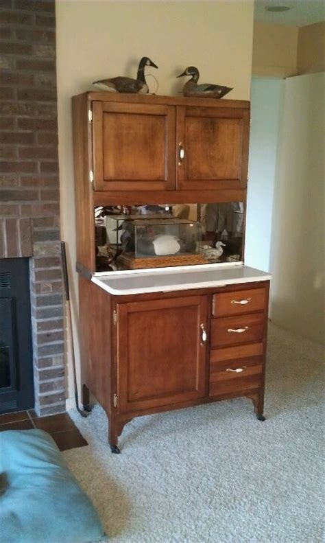 Sellers Kitchen Cabinet Parts Hoosier Cabinet Sorta Like Mine Mine Has Been Refinished And Has All The Parts