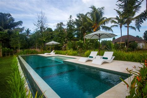 villa vista ubud bali  price easy booking