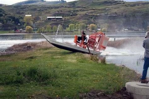 airboat operator certification canadian airboats safety services