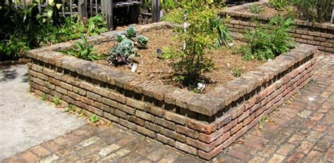 How To Make A Raised Flower Bed With Bricks