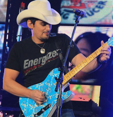 Brads Western To Hit Theaters In September by Charitybuzz 4 Tickets To Brad Paisley S Quot Landmarks Live
