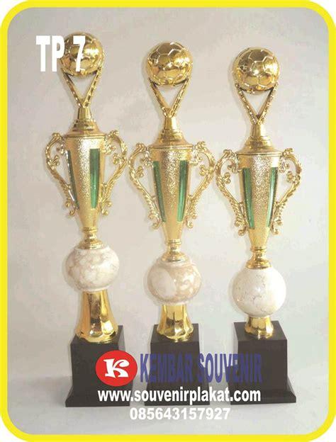 Piala Kaki 2 Piala 75 Cm Piala Murah Kaki 2 Piala Tinggi Piala Event jual piala bergilir dengan harga murah