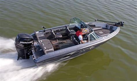 pro walleye boats lund boats 186 tyee gl fiberglass fishing boats