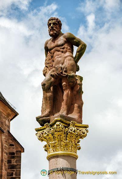 hercules statue  marktplatz  symbol   strength  heidelberg residents