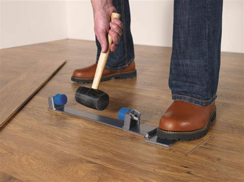 Laminate Flooring Installation Tools   Quick Step.com