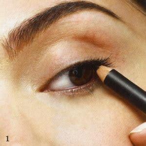 Eyeshadow Dibawah Mata tell how gorgeous u are tips make up mata menawan