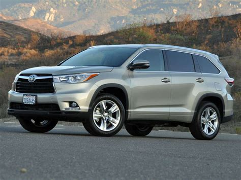 Safest Toyota Cars Top 10 Safest Suvs For 2015 Autobytel