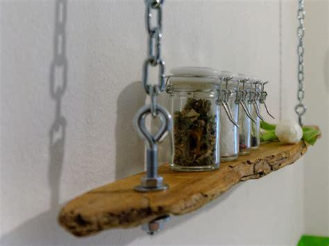 basteln mit treibholz haengeregal aus treibholz basteln und dekorieren