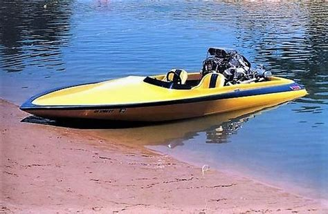 flat bottom boat jet ski motor 243 best bad ass boats images on pinterest speed boats