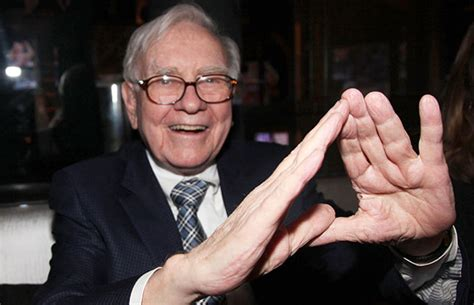 illuminati signs warren buffett pyramid sign illuminati symbols