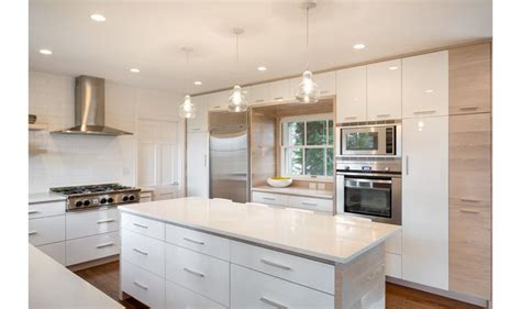 white lacquer kitchen cabinets white lacquer cabinet look with auto spray paint