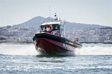 aluminum fireboat aister delivers an aluminium fireboat to alicante