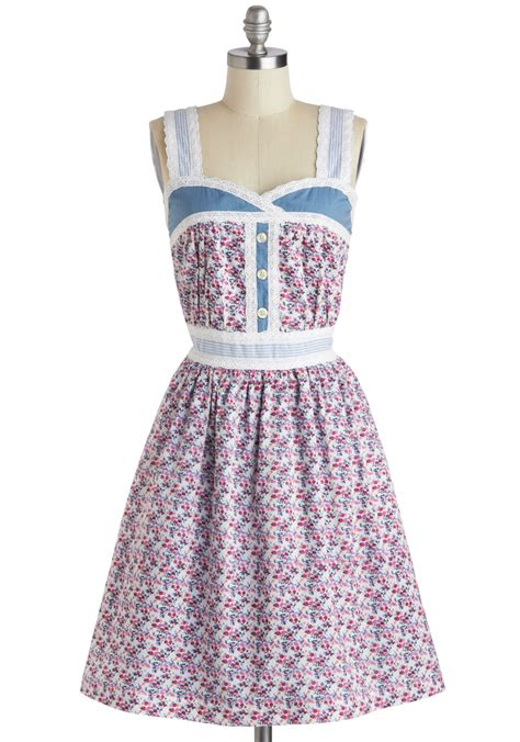 Dress Ribbon 4 knitted dove blue ribbon bouquet dress mod retro vintage