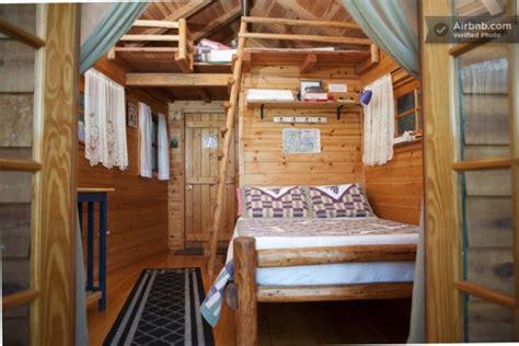 bed rental treehouse cabin rental in cave junction oregon