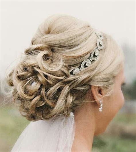 Wedding Hair Updo Courses by 8 Wedding Hairstyle Ideas For Medium Hair Popular Haircuts