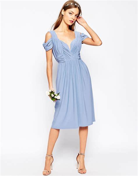 Midi Dress Shoulder Cold Prisya Dress Midi Shoulder Biru Putih Pris lyst asos wedding drape cold shoulder midi dress in blue