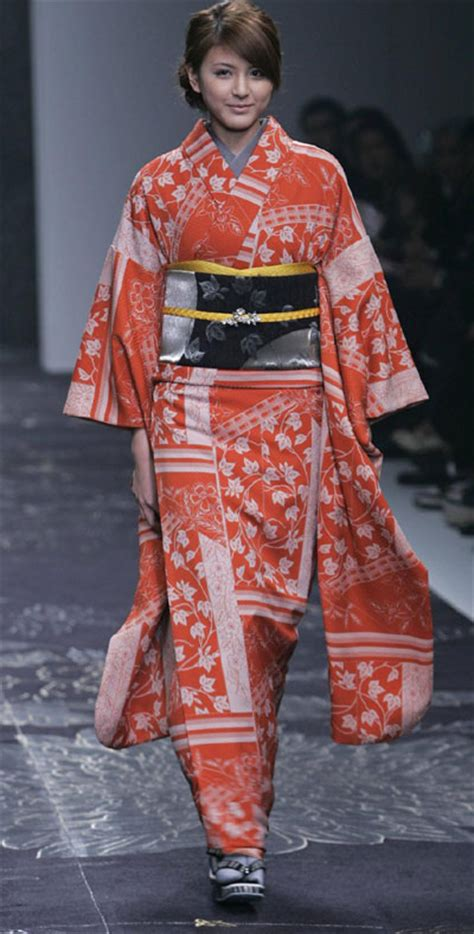 japanese designer japanese kimono designer jotaro saito at japan fashion week