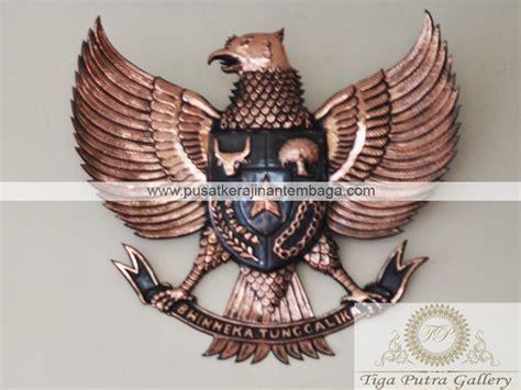 Patung Garuda Pancasila Ukuran 110cm Tembaga lambang garuda pancasila dari tembaga dan kuningan