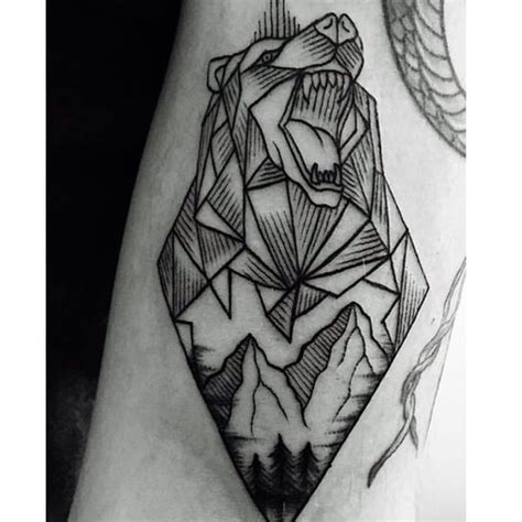 meaningful grizzly bear tattoo designs for men and women