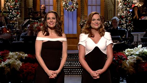 tina cbell pregnancy 2015 watch tina fey amy poehler christmas mash up monologue