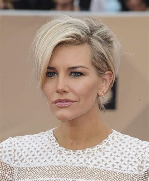 new haircut charissa thompson charissa thompson hair pinterest