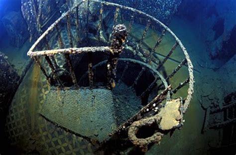Jaket Bomber Napapijri Geographic Expedition Original original real titanic underwater photos real titanic underwater photos
