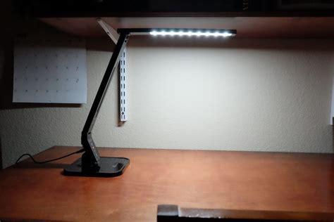 taotronics elune desk l taotronics elune dimmable led desk l review the gadgeteer