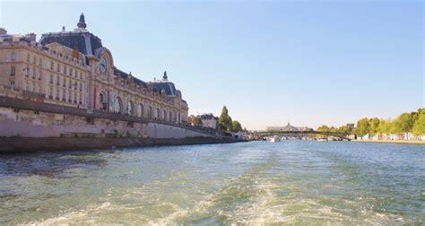 bateau mouche recrutement les monuments de paris en bateau mouche almage