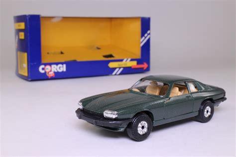 corgi jaguar xjs corgi c318 4 jaguar xjs v12 coupe metallic green 1 36
