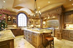 italian style kitchen cabinets best 25 italian style kitchens ideas on pinterest
