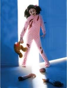 10 best zombie costume ideas for halloween 2013 entertainmesh com